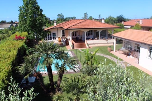 Luxury Villa in Lido di Camaiore
